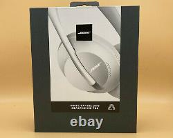 Bose 700 Noise Cancelling Bluetooth Headphones Luxe Silver White BRAND NEW