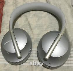 Bose Noise Cancelling Headphones 700 HEAD PHONES ONLY NO CHARGER NO ACCESSORIES